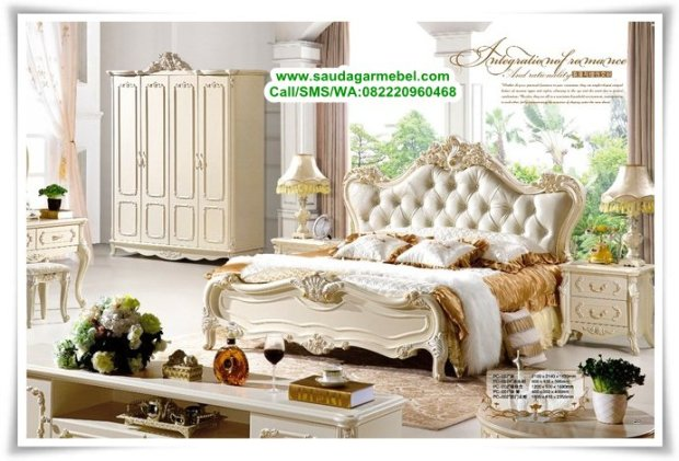 Kamar Set Mewah Klasik Victoria